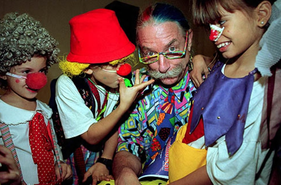 hunter-doherty-patch-adams-com-criancas