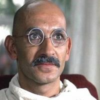 Gandhi - 1982 - 3h10min - Dublado