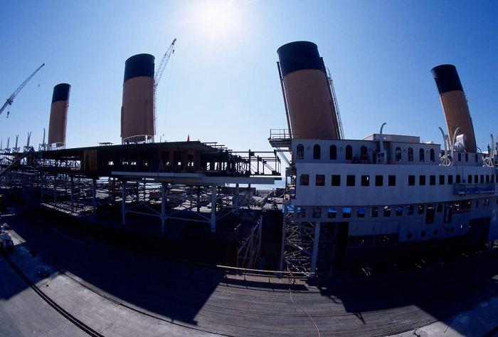 titanic-1997-leonardo-dicaprio-kate-winslet-20