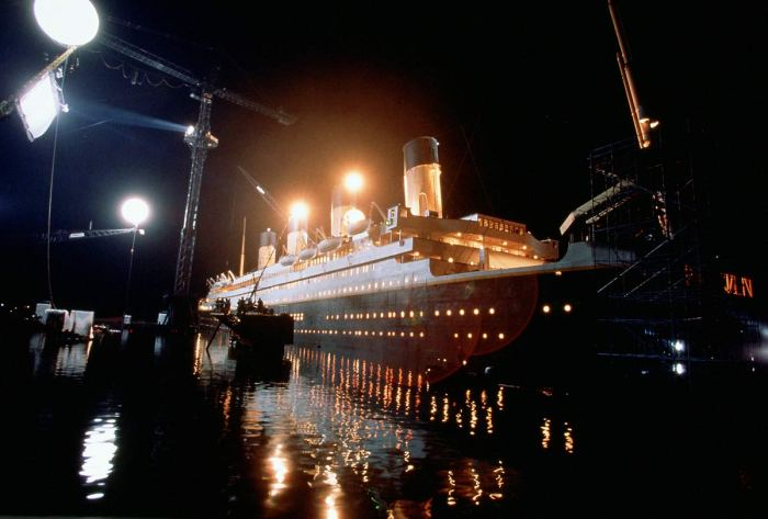 titanic-1997-leonardo-dicaprio-kate-winslet-52