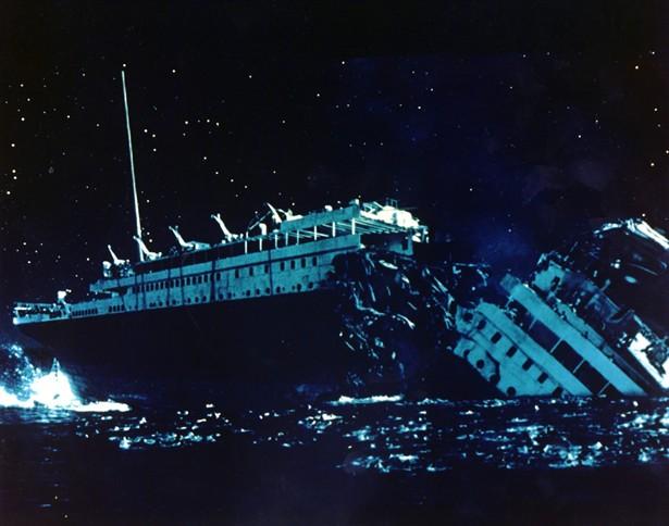 titanic-1997-leonardo-dicaprio-kate-winslet-6