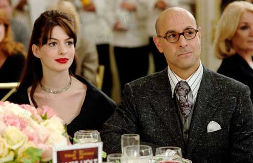Anne Hathaway e Stanley Tucci